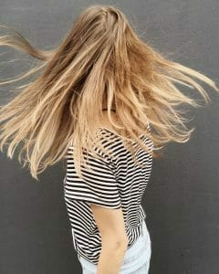 The epsom salt repairs damaged hair