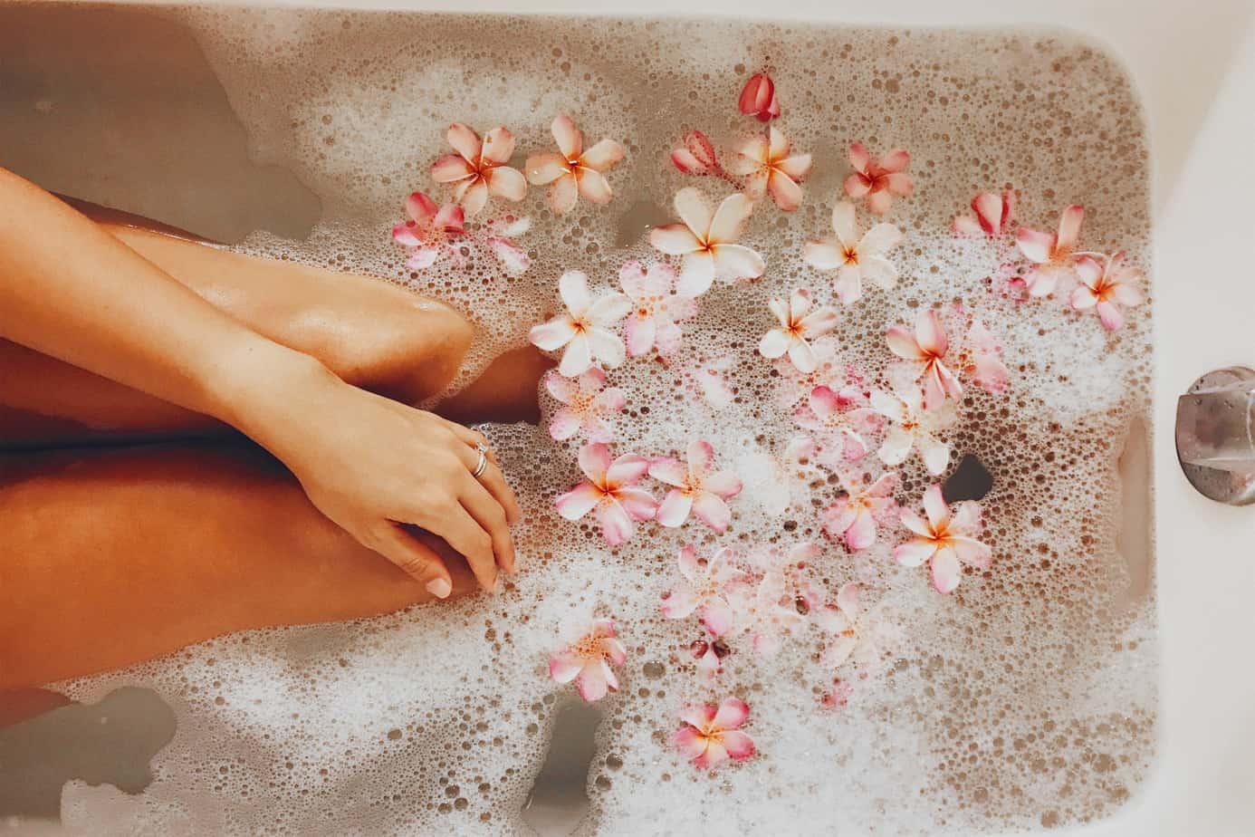 benefits of soaking feet in epsom salt